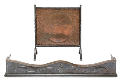 Lot 42 - An Arts and Crafts bronze and copper fender