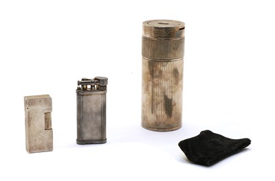 Lot 30 - A Dupont Paris silver plated table lighter