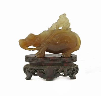 Lot 87 - A Chinese jade carving