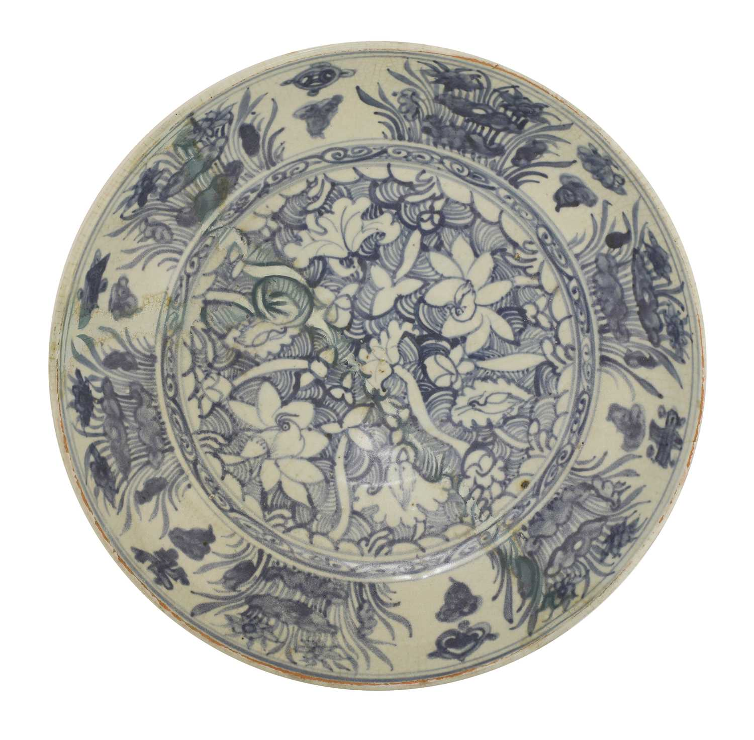 Lot 19 - A Chinese blue and white charger