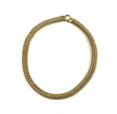 Lot 77 - A 9ct gold three row hollow link necklace