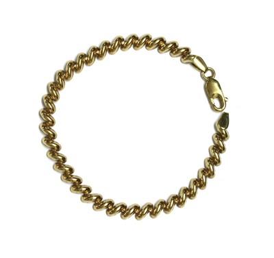Lot 119 - A 9ct gold hollow San Marco link bracelet