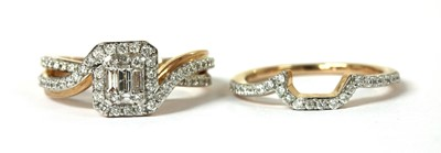 Lot 26 - A 14ct rose gold diamond cluster ring