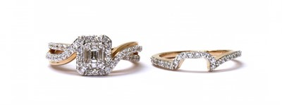 Lot 62 - A 14ct rose gold diamond cluster ring
