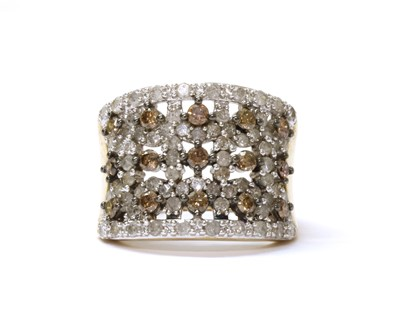 Lot 70 - A 9ct gold diamond and  brown diamond ring