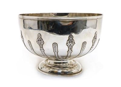 Lot 41 - A silver pedestal bowl