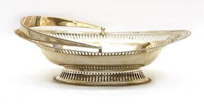 Lot 61 - A silver basket