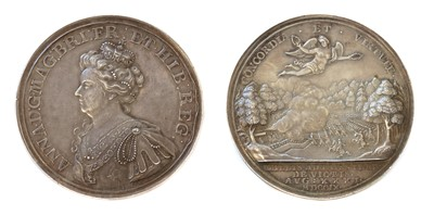 Lot 98 - Medals, Great Britain, Queen Anne (1702-1714)