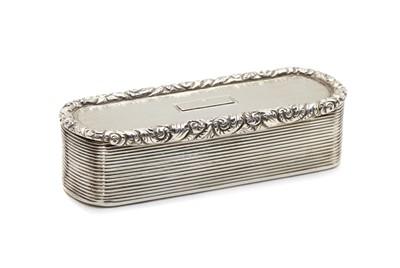 Lot 42 - A George IV silver snuff box