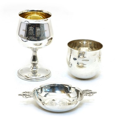 Lot 62 - A Royal silver wedding commemorative goblet