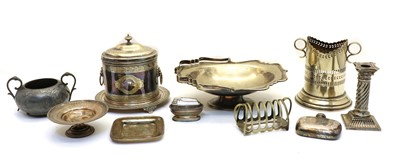 Lot 63 - A collection of silver plated items