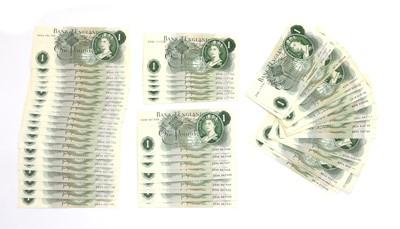 Lot 81 - Banknotes, Great Britain, Elizabeth II (1952-)
