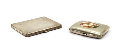 Lot 22 - A silver cigarette case with milled decoration