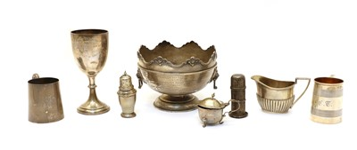 Lot 35 - A collection of silver items