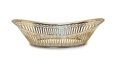 Lot 28 - A late Victorian silver basket