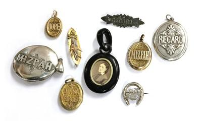 Lot 12 - A quantity of Victorian sentimental jewellery
