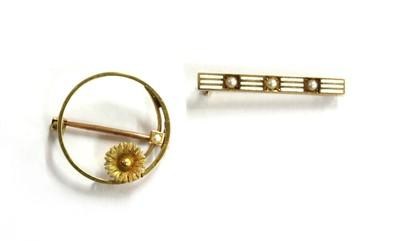 Lot 10 - An American gold enamel and split pearl bar brooch