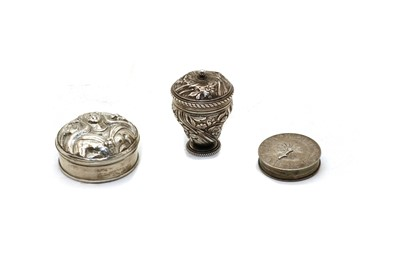 Lot 39 - A George III silver counter box
