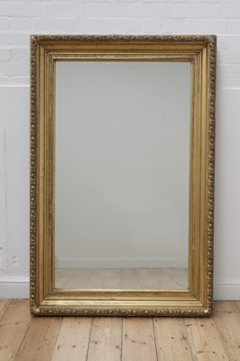 Lot 469 - A carved giltwood rectangular mirror