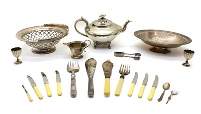 Lot 35 - Silver-plated items