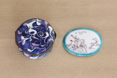 Lot 431 - An oval enamel box lid