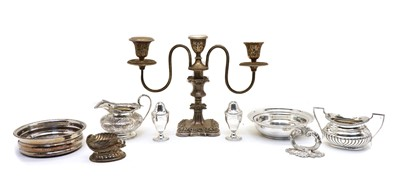 Lot 48 - A collection of silver plated items