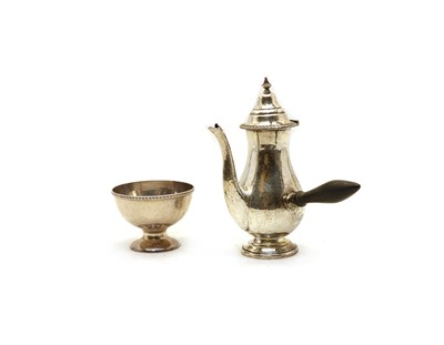 Lot 23 - A silver side-handle coffee pot and sugar bowl