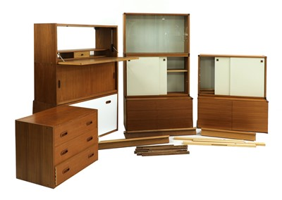 Lot 463 - A collection of Beaver & Tapley modular floating wall units
