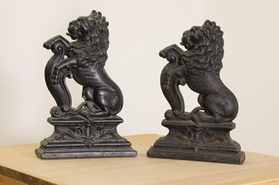Lot 28 - A matched pair of cast iron doorstops