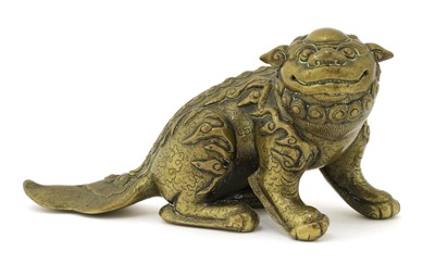 Lot 119 - A Chinese bronze paperweight
