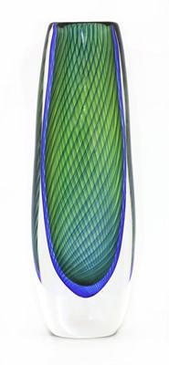 Lot 452 - A Kosta glass 'Fishnet' vase