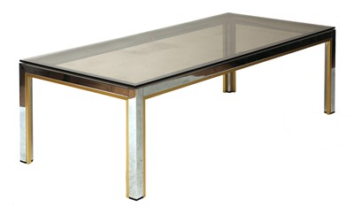 Lot 590 - A glass coffee table