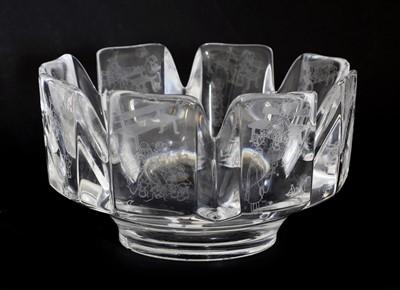 Lot 453 - An Orrefors 'Corona' crystal glass bowl