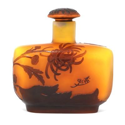 Lot 13 - A Gallé cameo glass scent bottle