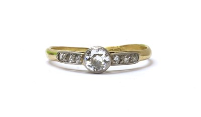 Lot 48 - A gold diamond ring