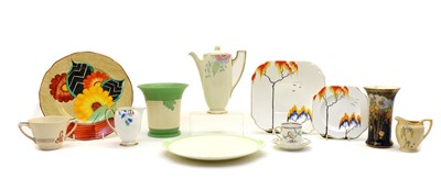 Lot 106 - A mixed collection of Art Deco tea and dinnerwares