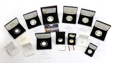 Lot 58 - Coins, Great Britain & World, Elizabeth II (1952-)