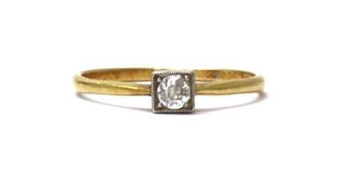 Lot 45 - A gold single stone diamond ring