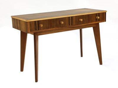 Lot 442 - A walnut dressing table