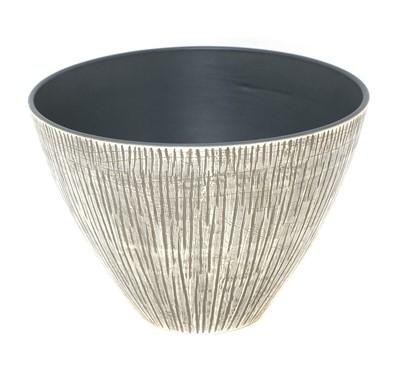 Lot 548 - A Mørkøv pottery bowl