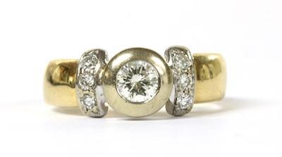 Lot 49 - An 18ct gold diamond ring