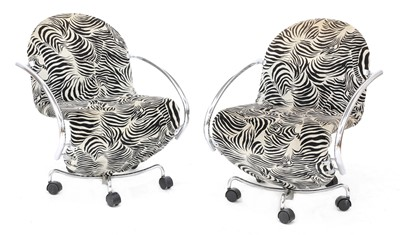 Lot 520 - A pair of 'System 123' easy chairs