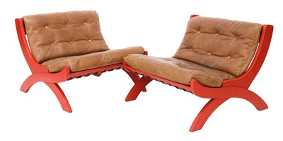 Lot 490 - A pair of 'CP1' lounge chairs