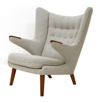Lot 607 - An 'AP-19 Papa Bear' chair