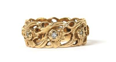 Lot 43 - A 14ct gold diamond set 'The Welsh Gold Full Eternity Ring', designed by Stuart Devlin