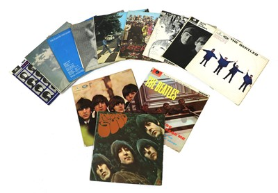 Lot 532 - A collection of The Beatles vinyl records and ephemera