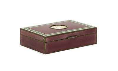 Lot 15 - A small guilloche enamel hinged box