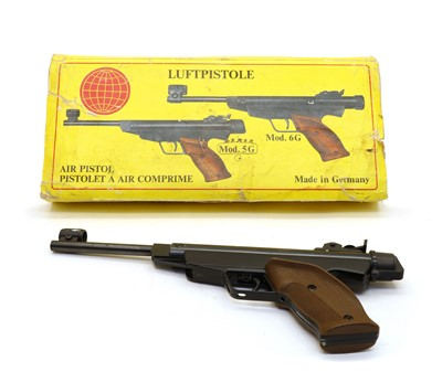 Lot 36 - A German Diana 5G air pistol