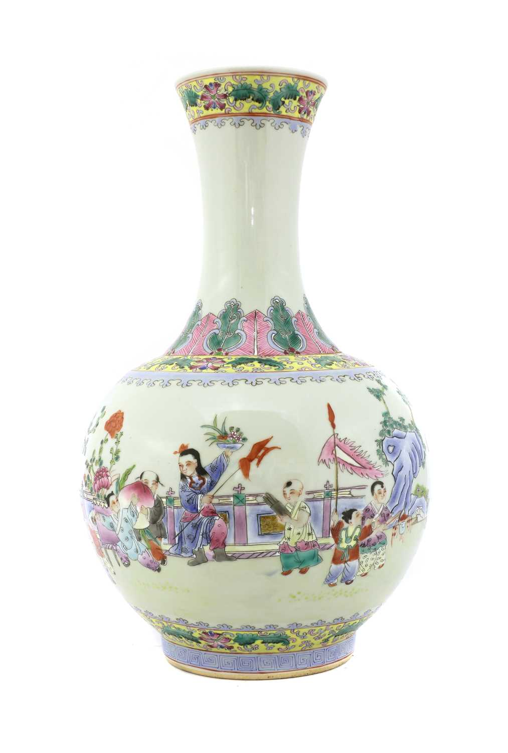 Lot 75 - A Chinese famille rose vase