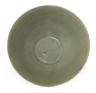 Lot 10 - A Chinese Longquan celadon bowl